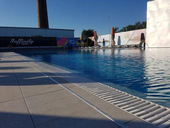 Молдове открыт долгожданный купальный сезон в бассейнах. О чем предупреждают специалисты отдыхающих