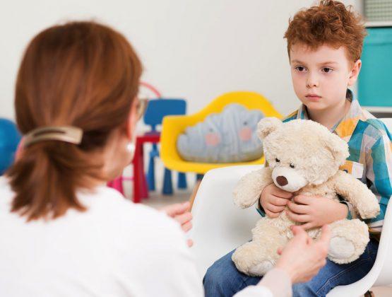 Часть расходов на медуслуги для детей с аутизмом покроет обязательный медполис