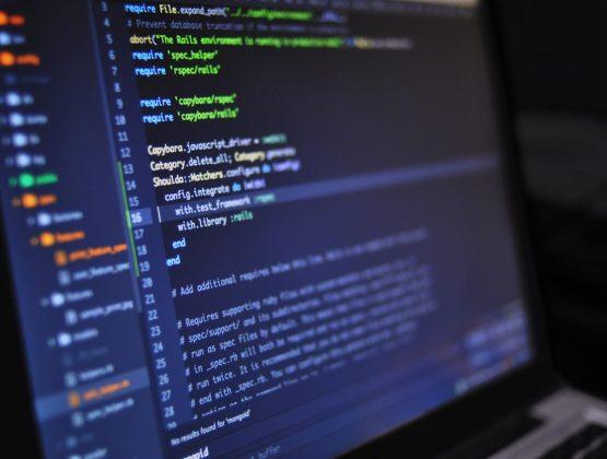 В четырех вузах Молдовы будет преподаваться предпринимательство в IT-сфере. Университет Кагула тоже в списке