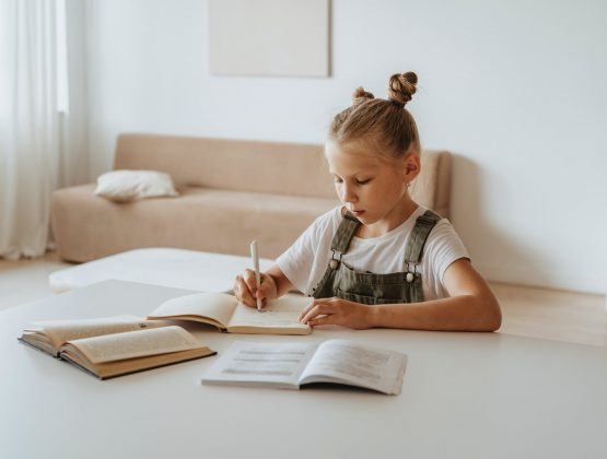 В Молдове с 1 марта вводится особый режим деятельности. Школы переходят снова на онлайн обучение