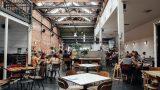 Рестораторы, артисты и организаторы недовольны сокращением гостей до 20 человек