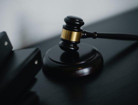 Каждый второй прокурор считает, что в Молдове практически нет коррупции