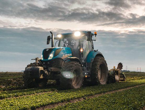 С сегодняшнего дня сельхозпроизводители могут подавать заявки на дизельное топливо за счет помощи, предоставленной Румынией