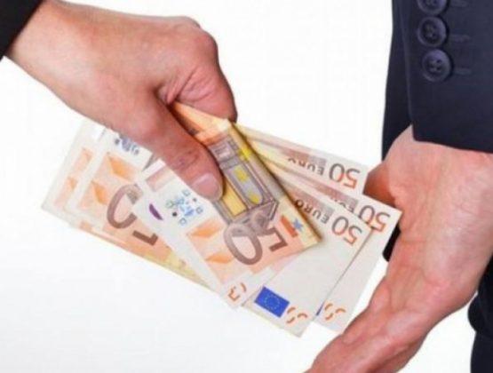 Мужчина из Кагула, пообещал помочь получить водительские права в обмен на 350 евро
