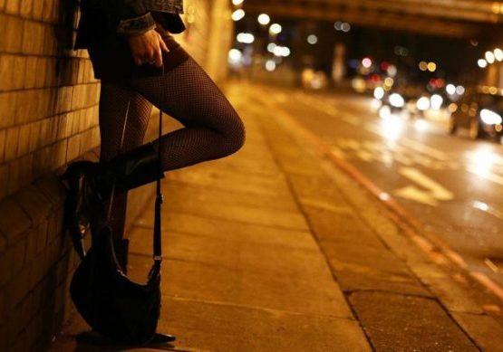 В столице 70-летнюю женщину подозревают в сутенерстве