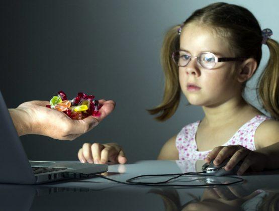 Какие опасности таит онлайн-среда для детей? Правозащитный центр «Ла страда» провел исследование