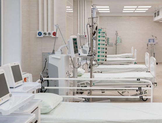 Власти потребуют привлечения частных медицинских учреждений для участия в борьбе с вирусом COVID-19