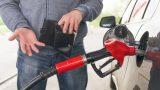 Очередная сеть АЗС повысила цены на топливо