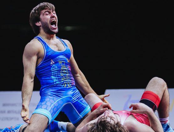 Молдавский борец греко-римского стиля взял золото на мировом турнире в Болгарии