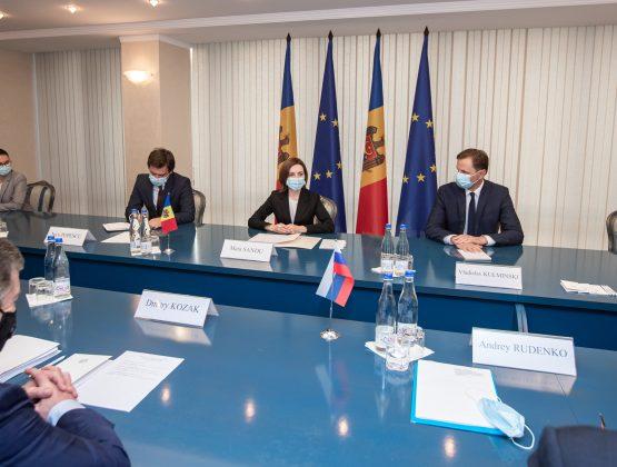 Президент Майя Санду провела встречу с заместителем главы администрации президента Российской Федерации Дмитрием Козаком
