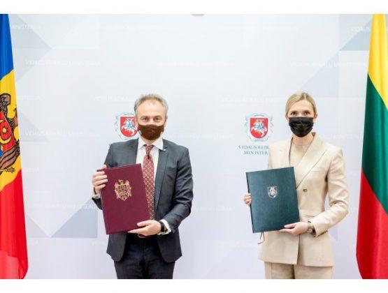 Подписано Молдавско-литовское соглашение о взаимном признании водительских удостоверений
